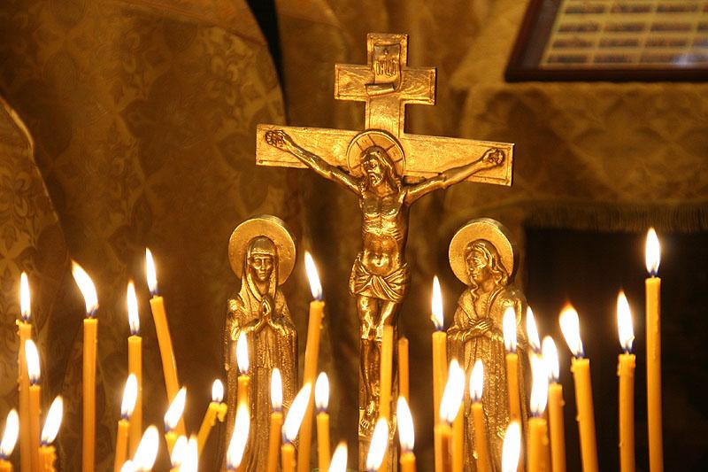 3 мая, в 40-й день после трагедии в Кемерове во всех храмах Русской Православной Церкви пройдут заупокойные богослужения