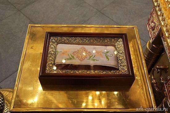 13 мая в храм святой великомученицы Екатерины на Всполье будет доставлен пояс святителя Иоанна (Максимовича)