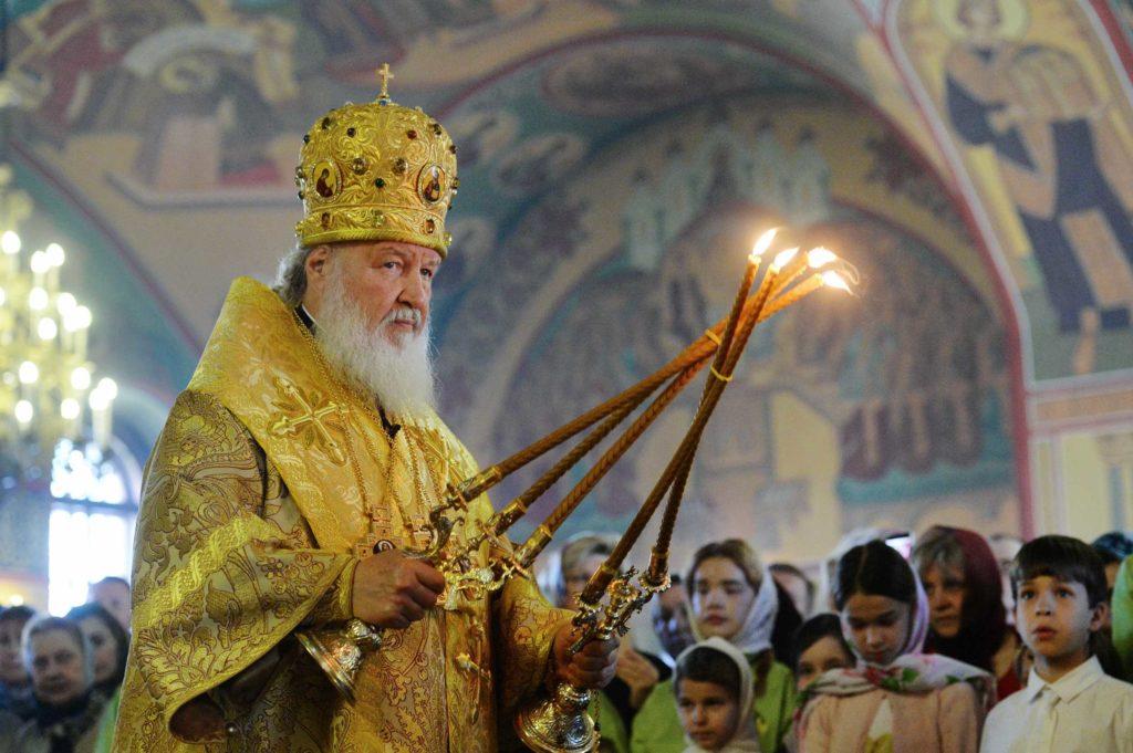 В канун дня памяти святителя Николая Чудотворца Предстоятель Русской Церкви совершил всенощное бдение в храме святителя Николая в Покровском